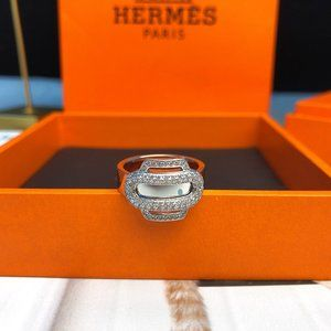 Rings  size 6